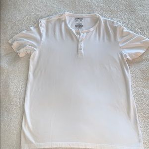 Men's Express Short Sleeve Henley - Large